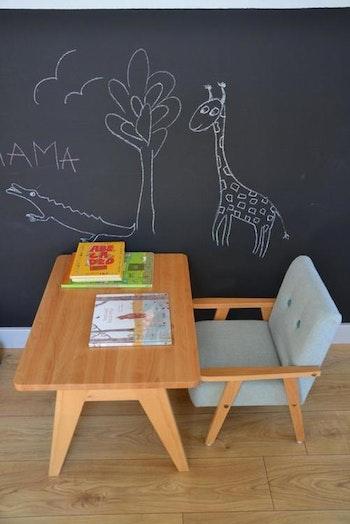 Barnbord i trä