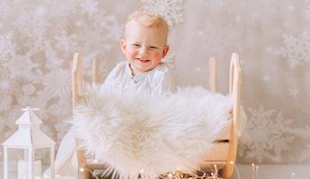 Baby som gungan i trägungan från märket Nobsi