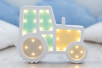 Nattlampa för barn - Traktor - Only Handmade