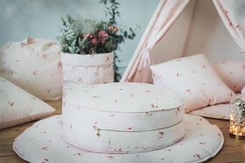 Rosé golvkudde i rosa - Only Handmade