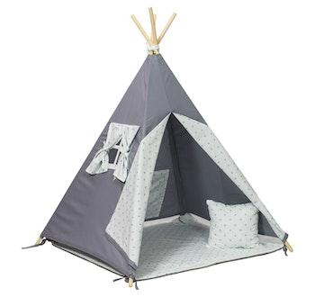 Grå tipi-tält med stjärnor