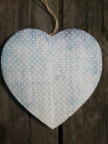 Trähjärta Stor Ljusblå prick