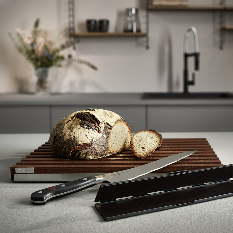 Wüsthof Skärbräda för bröd värmebehandlat bok