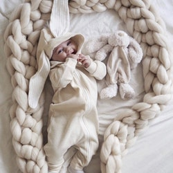 CHUNKY KNIT SLEEPING BRAID