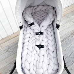 CHUNKY KNIT SLEEPING BAG FRONT CLOSING