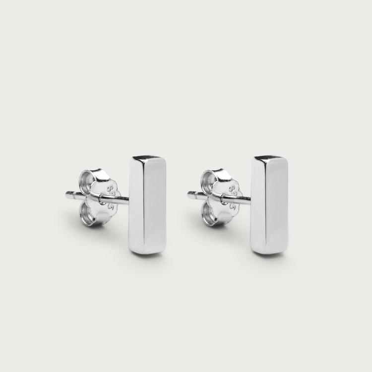 Line earrings silver