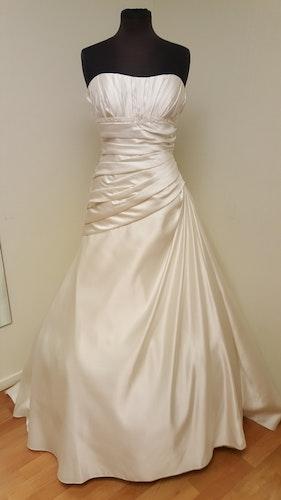Brudklänning Brittany