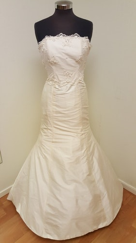 Brudklänning Elise