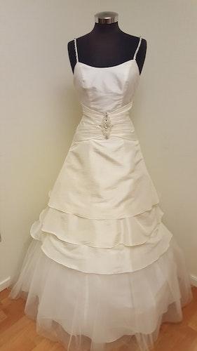 Brudklänning Adrienne