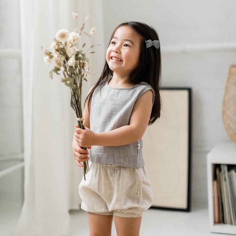Blommers i naturlig linne