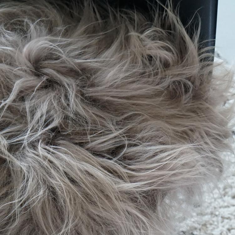 Stolsdyna fårskinn brun