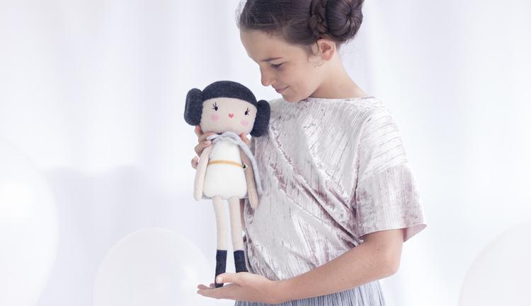 Handgjord docka från Lauvely