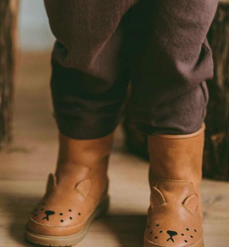Fodrade barnkängor i läder rådjur