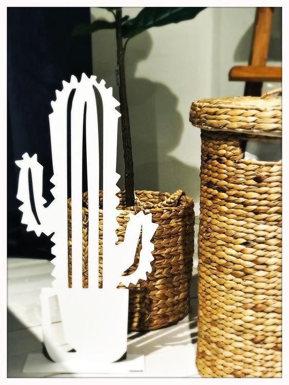 Tuff kaktus i större model 58cm (flera färger)