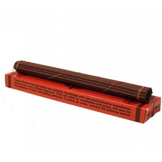 Tibetansk örtrökelse, traditionell i röd förpackning