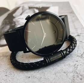 Douglas klocka, mesh, svart + läderarmband flätat set