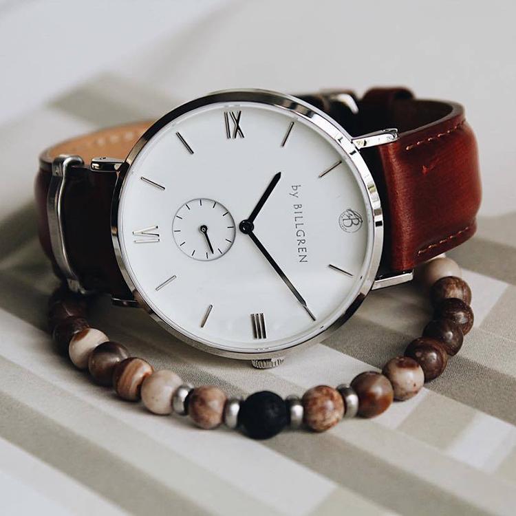 Gustaf läderklocka, brun + beadsarmband, opal, beige set
