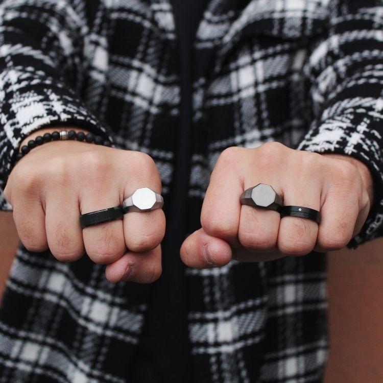 Signet ring, raw, dark smoke