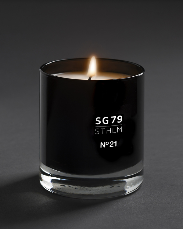 N°21 Scented Candle 145g