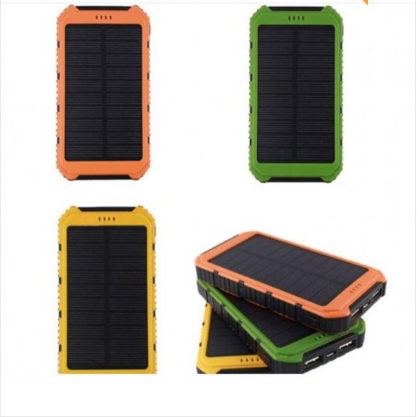 Powerbank 10 000 mAh med inbyggda solceller