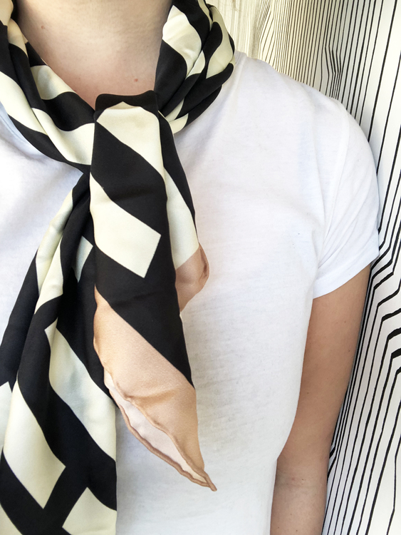 Block scarf