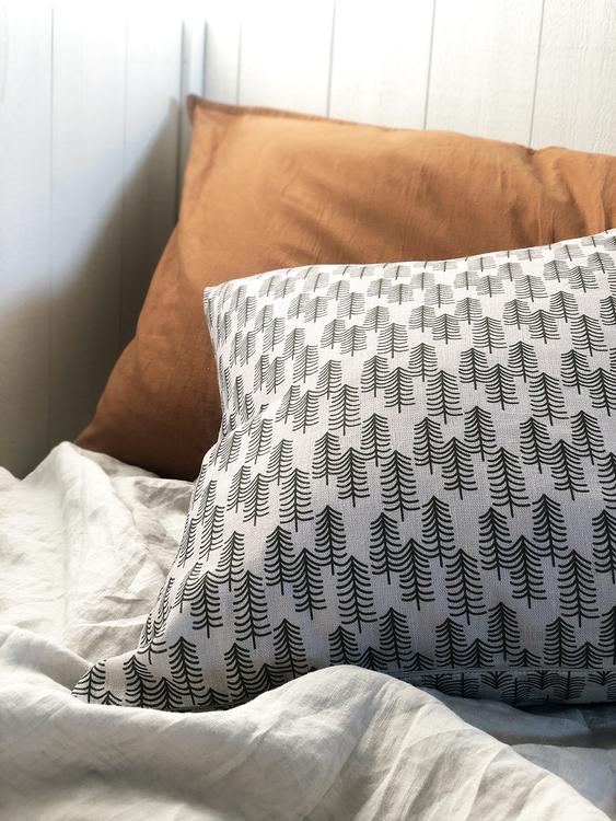 Barra gray linen cushion