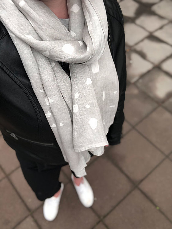 Shawl Terrazzo gray