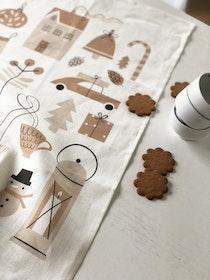 Wonderland kitchen towel