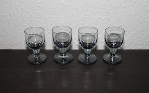 4 st små snapsglas från Åfors - Bertil Vallien