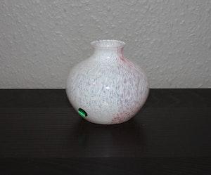 vas från Lindshammar Glasbruk