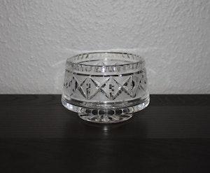 Glasskål i Kristall med slipat korsmönster