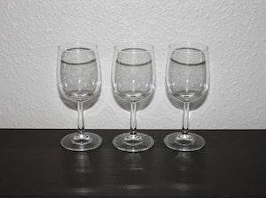 3st vinglas för dessertvin