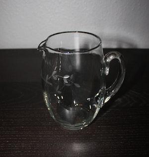 Handgjord glasbringare