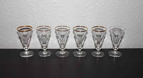 6st snapsglas med guldkant och knapp (9,6cm)