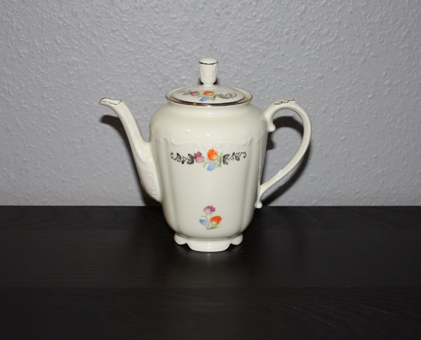 Kaffekanna från Karlskrona porslinsfabrik