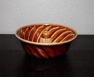 Stor Aladåb form i glaserad keramik