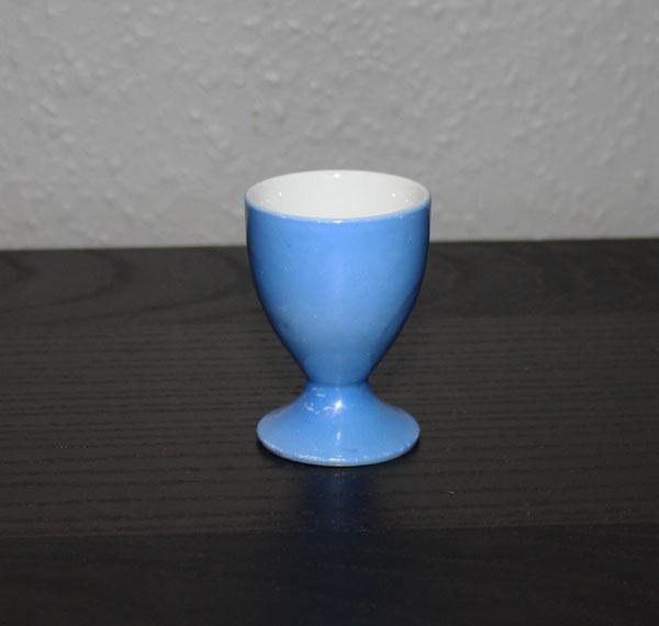 Blå äggkopp i keramik