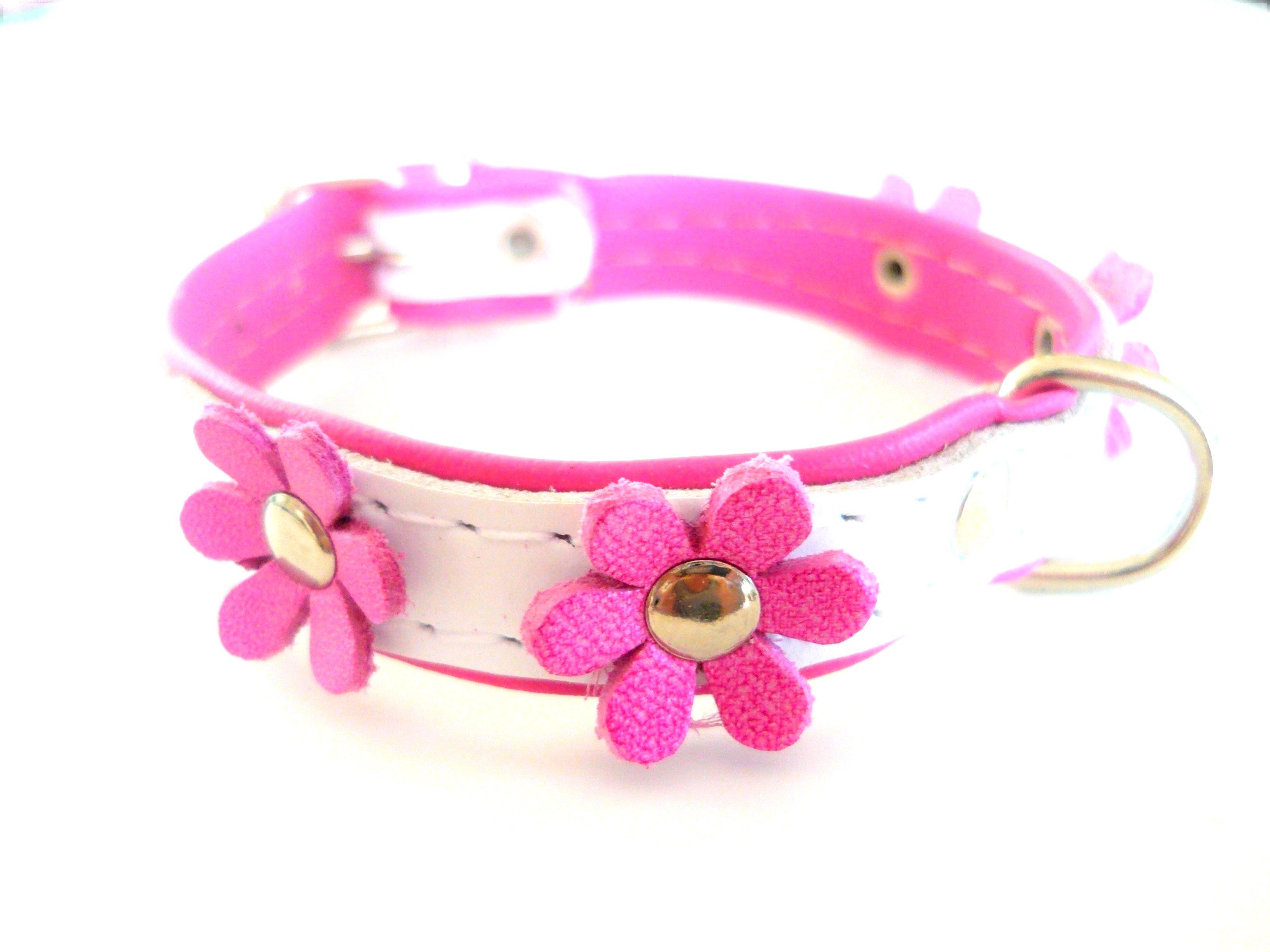 Halsband i skinn med blommor