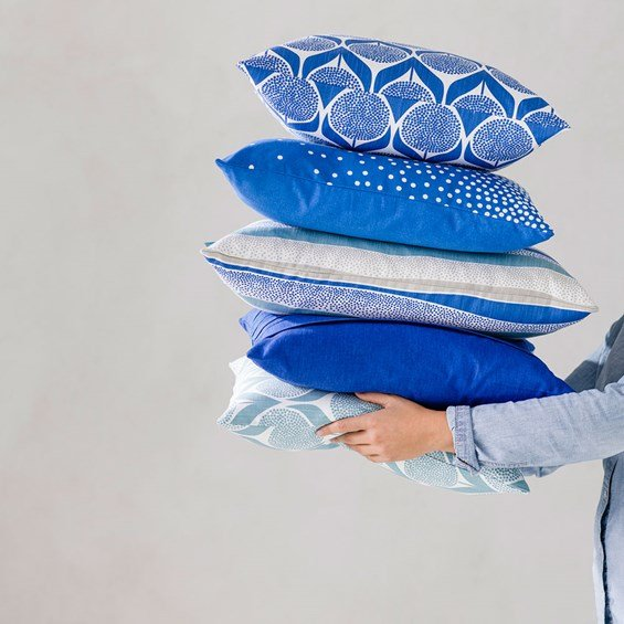 Spira of Sweden Blomma kuddfodral ljusblå