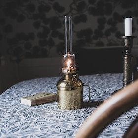 Strömshaga Linné fotogenlampa liten