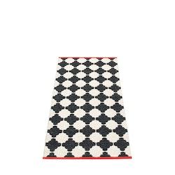 Pappelina matta Marre black · vanilla 70x150 cm