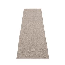 Pappelina matta Svea mud metallic · mud 70x240 cm