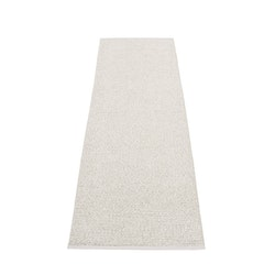 Pappelina matta Svea stone metallic · fossil grey 70x240 cm