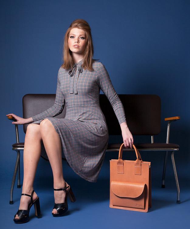 Jumperfabriken Elvy Check dress brown