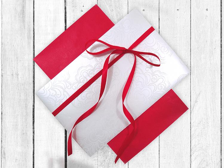 Presentpapper Ornament offwhite