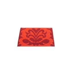 Pappelina matta Siri dark red· coral red 70x50 cm