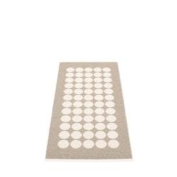 Pappelina matta Fia Mud · Vanilla 70x150 cm