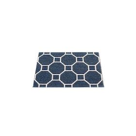 Pappelina matta Rakel Dark Blue · Vanilla 70x50 cm