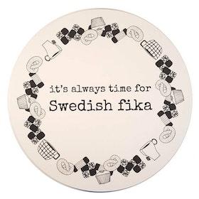 "Erika Tubbin grytunderlägg ""Swedish fika"""
