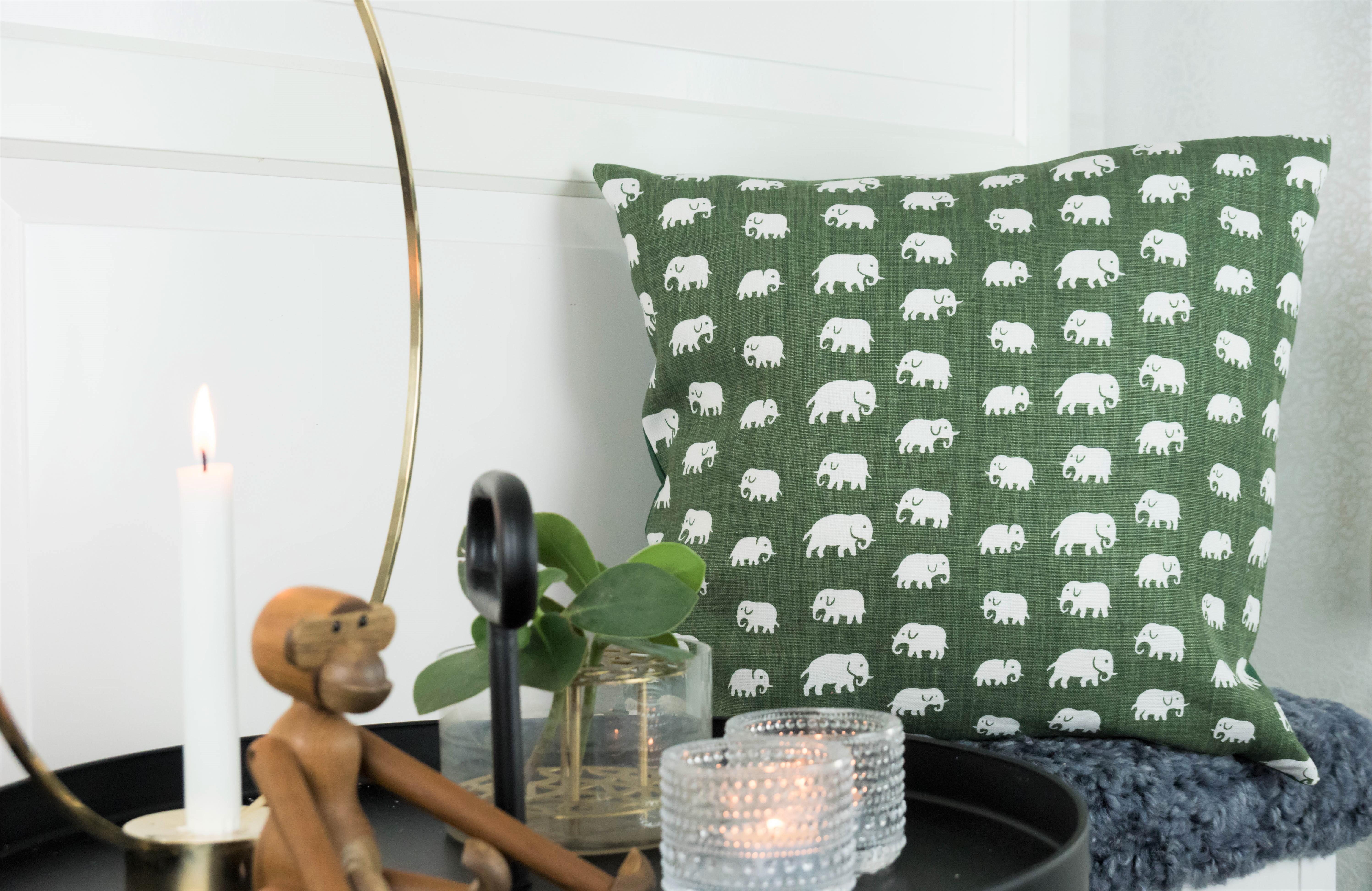 Elefant grön 50x50